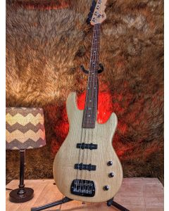 G&L Tribute Series JB-2 4 String Modern Jazz Bass Natural with Gig Bag, Like New! SN9736