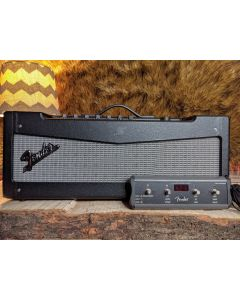 Fender  Mustang V V.2 150-Watt Modeling Guitar Amp Headwith 4 Button Footswitch. MINT! SN5035