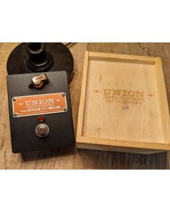 Union Tube and Transistor  More LTD Boost Pedal (Black) Limited Edition!! SN0810
